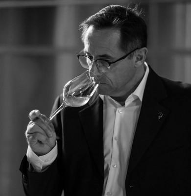 Cuvées « Rayon de lune » : des vins d'Alsace dans des bouteilles bleues chargées d'Histoire